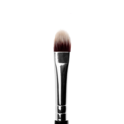 #23 Medium Lip and Spot Concealer Brush