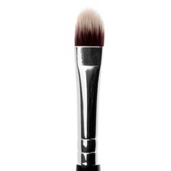 #23 Medium Lip and Spot Concealer Brush